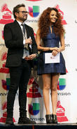 Latin Grammy Awards, Aleks Syntek and Leslie Grace