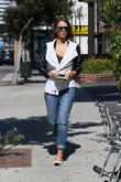 Jessica Alba stops for coffee in Brentwood
