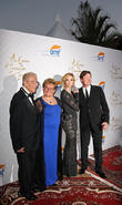 Alfred E. Mann, Claude Mann, Janet Gretzky and Wayne Gretzky
