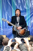 Paul Mccartney: 'The Beatles Felt Threatened By Yoko Ono'
