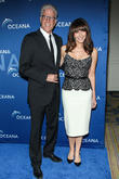 Ted Danson And Mary Steenburgen Help Raise Funds For Oceana