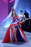 Taylor Swift, Lexington Armory, Victoria's Secret