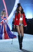 Jourdan Dunn, Victoria's Secret
