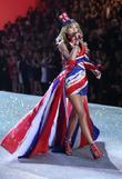Taylor Swift, Victoria's Secret