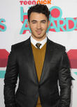 Kevin Jonas Lets Slip Celebrity Apprentice News