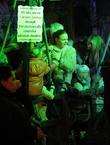 Stella McCartney and her children enjoy an evening at Winter Wonderland