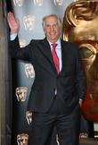 Henry Winkler Gives Bizarre Interview During Festive Shopping Trip