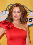 Alyssa Milano Keeps It Classy After Mohr Pokes Fun At Her Weight Gain