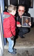 Bono and Sean Paul ( 4 )