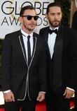 Jared Leto and brother Shannon Leto (l)