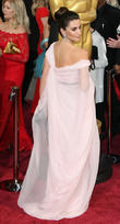 Penelope Cruz Is Mistaken For Salma Hayek at the Oscars 2014