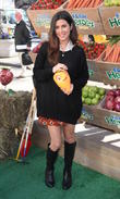 Vanessa Lachey and Jamie Lynn Sigler celebrate the launch of the mobile game 'Farm Heroes Saga