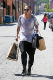 Evan Ross shopping on Ventura Boulevard in Studio City