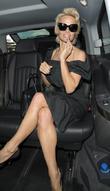 Pamela Anderson, Nice Airport
