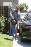 Hilary Duff arriving at a friends house