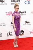 Breaking Down The Best Tracks On Cher Lloyd's 'Sorry I'm Late'