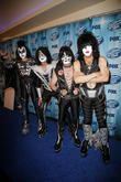 Tommy Thayer, Gene Simmons, Eric Singer, Paul Stanley, Kiss, Nokia Theatre L.A. Live