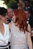 Kristen Stewart (r) and Juliette Binoche