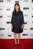 Amanda Peet Debuts Baby Bump On Emmys Red Carpet