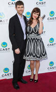 Kevin Price and Sara Rue