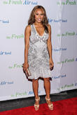 Deborah Cox To Provide Whitney Houston's Singing Voice In Biopic