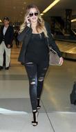 Khloe Kardashian, jFK Airport