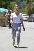 Hilary Duff Arrives For Acting Class