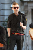 Kaiser Chiefs To Play Double Gigs At Glastonbury Festival