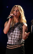 Country Star Kimberly Perry Weds