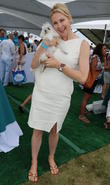 Judge Offers To Help Kelly Rutherford Resolve Ex-husband's U.s. Visa Issues