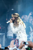 Thirty Seconds To Mars Hosting Musical, Outdoor Retreat