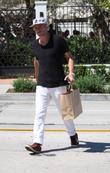 Balthazar Getty goes shopping