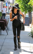 Naya Rivera leaving a laser hair removal appointment