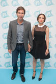 Eric Mccormack and Rachael Leigh Cook