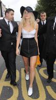 Pixie Lott, London Fashion Week