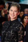 Is Rosamund Pike In Line For An Oscar Thanks To 'Gone Girl'?