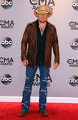 Like Taylor Swift, Country Music Star Jason Aldean Removes New Album From Spotify