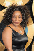 Stephanie Mills To Portray Auntie Em In The Wiz Live!