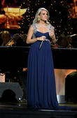 Pregnant Carrie Underwood Beautiful In Blue Whilst Filming Country Music Awards Christmas Special