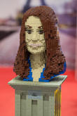 Lego Statue Of Catherine and The Duchess Of Cambridge