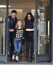 Courteney Cox, Johnny Mcdaid and Coco Arquette