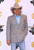 Dwight Yoakam Cast In Tv Series Opposite Billy Bob Thornton