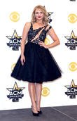 Miranda Lambert Will Be 'More Honest Than Ever' In New Album