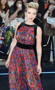 Scarlett Johansson Steps Out For First Time Since Split From Husband