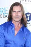 Fabio Becomes U.s. Citizen