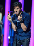 Enrique Iglesias Wins Big At Billboard Latin Music Awards