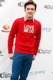 Drake Bell Apologises For 'Insensitive' Caitlyn Jenner Comments