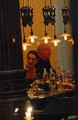 Bruce Willis and his wife Emma Heming-Willis having dinner