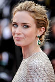 'Sicario' Star Emily Blunt Doesn't Think Of Gun-Toting Female Roles As 'Tough'