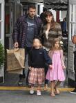"""Jennifer Garner Delaying Ben Affleck Divorce Until He Works On """"Health And Sobriety"""""""